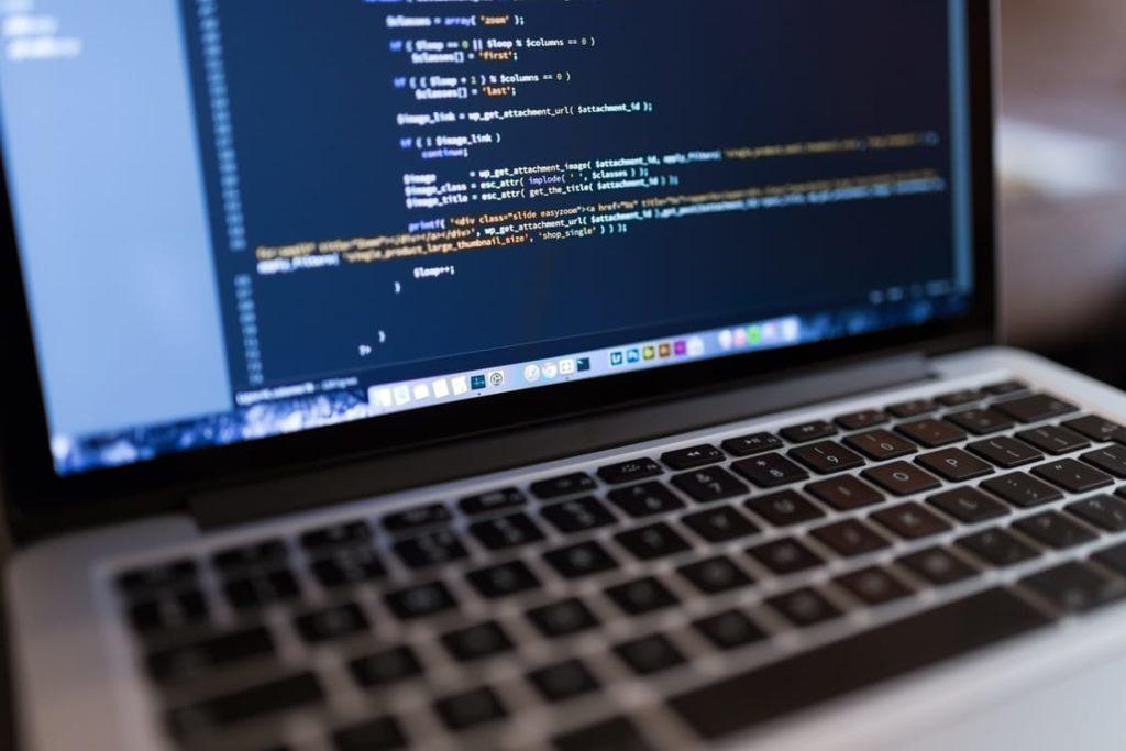 Dator med kodning